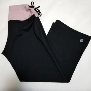 Lululemon Cropped Pants w/ Pink Ruched Waistband